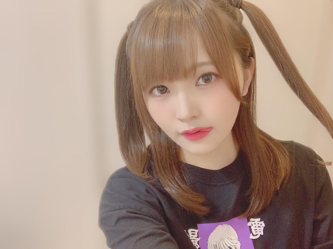 高瀬愛奈さんの「ハーフツインまなふぃ🐶」