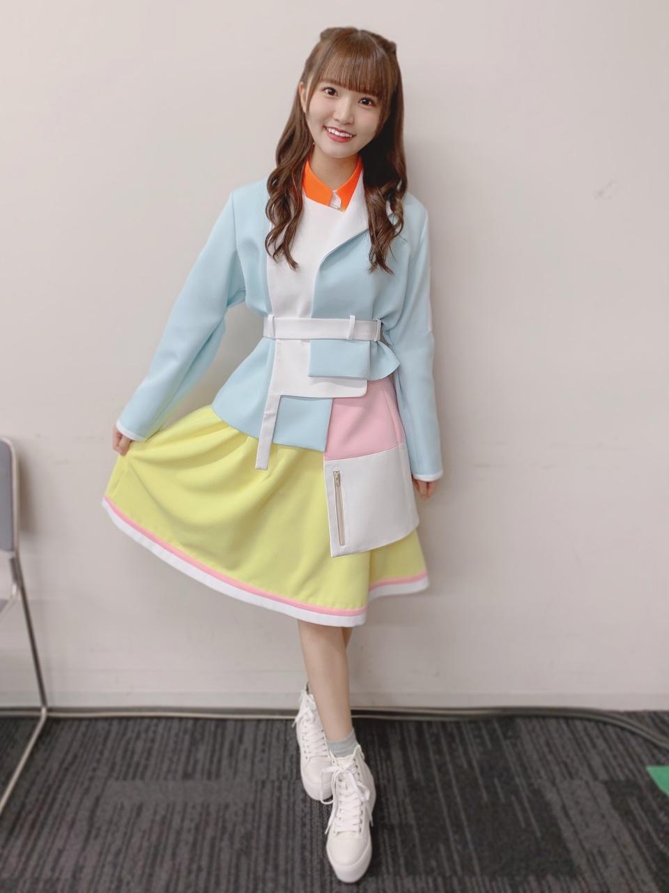 https://cdn.hinatazaka46.com/files/14/diary/official/member/moblog/202104/mobde8xTU.jpg