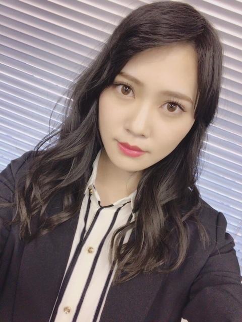 https://cdn.hinatazaka46.com/images/14/cc4/0cd8558740bb1dea4a6ca23627450-01.jpg